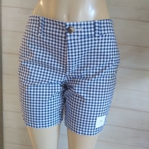 Old Navy gingham Shors